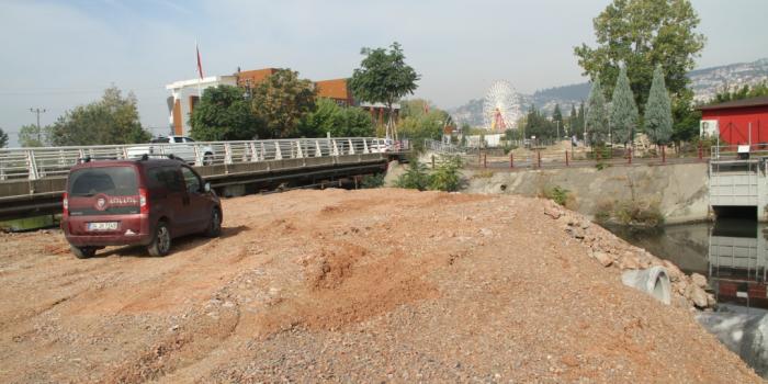 Kumla Deresi Köprüsü'ndeki genişletme çalışmalarıyla trafik rahatlayacak
