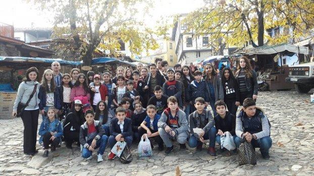 İZMİTLİ 4000 ÖĞRENCİ BURSA'YI GEZDİ