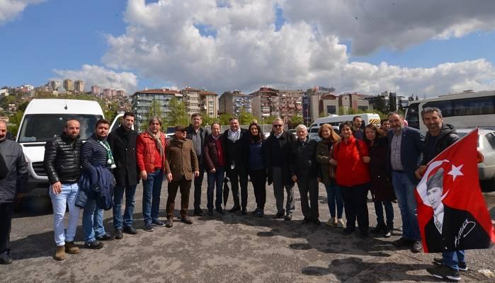 Büyük Miting için CHP Kocaeli 22 araç ile Maltepe'ye Hareket Etti
