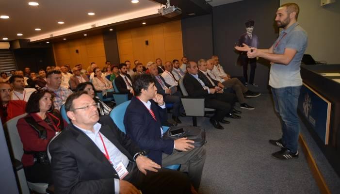 CHP'li Meclis Üyelerine Yerel Yönetim Eğitimi