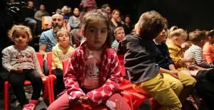 'Masal Odası' Çocuklarla Buluştu