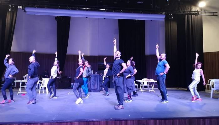 Şehrin Tiyatrosu Sanatseverlerle Kongre Merkezi'nde Buluşacak