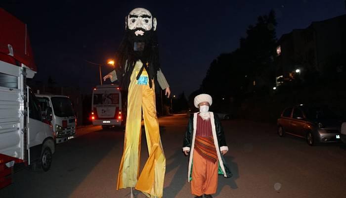 Ramazan eğlencesini evlere götürdü